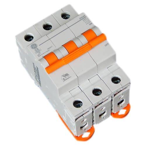 Фото Автоматичний вимикач DG 63 C06А 6kA General Electric Электробаза