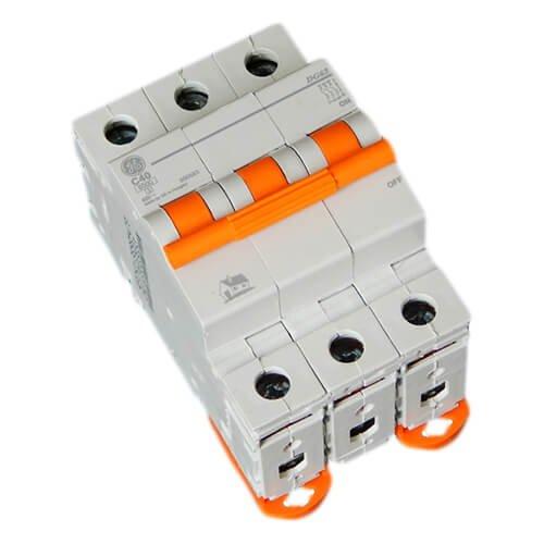 Фото Автоматичний вимикач DG 63 C40А 6kA General Electric Электробаза
