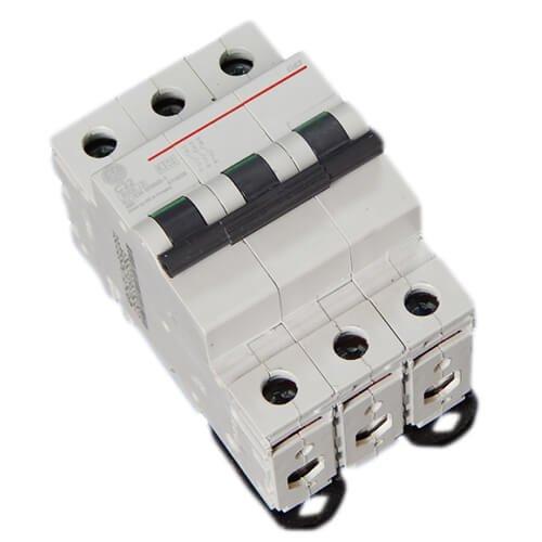 Фото Автоматический выключатель G63 C32А 6kA General Electric Электробаза