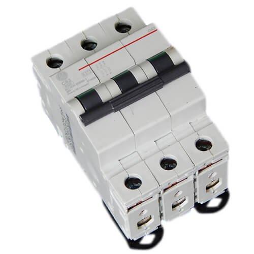 Фото Автоматический выключатель G63 C63А 6kA General Electric Электробаза