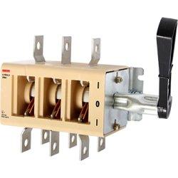 Вимикачі-роз'єднувач e.VR32.P630 перекидний 630А (39В71250)